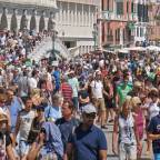 El overtourismo: Una peligrosa tendencia que perjudica a los destinos